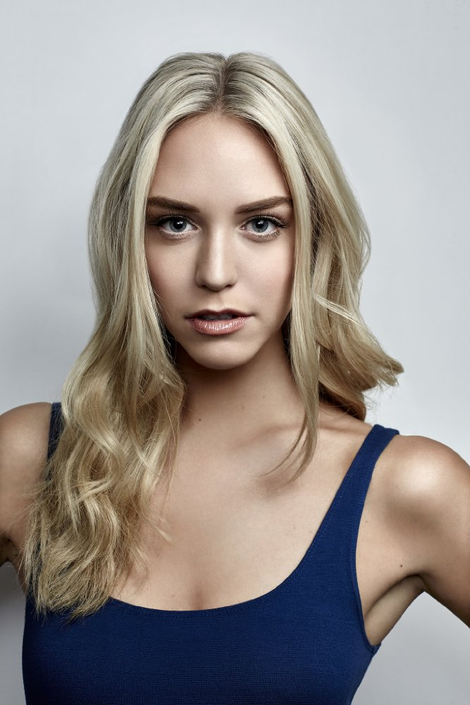 Watch Movie america-s-next-top-model-season-11