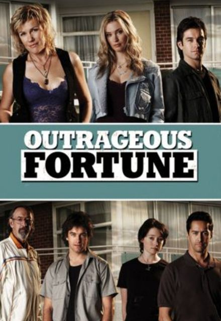 Watch Movie outrageous-fortune-season-4